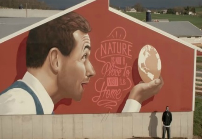 Turkey farm mural