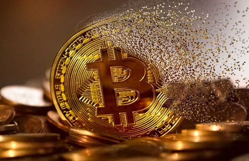 bitcoin drops below $3900 for first time